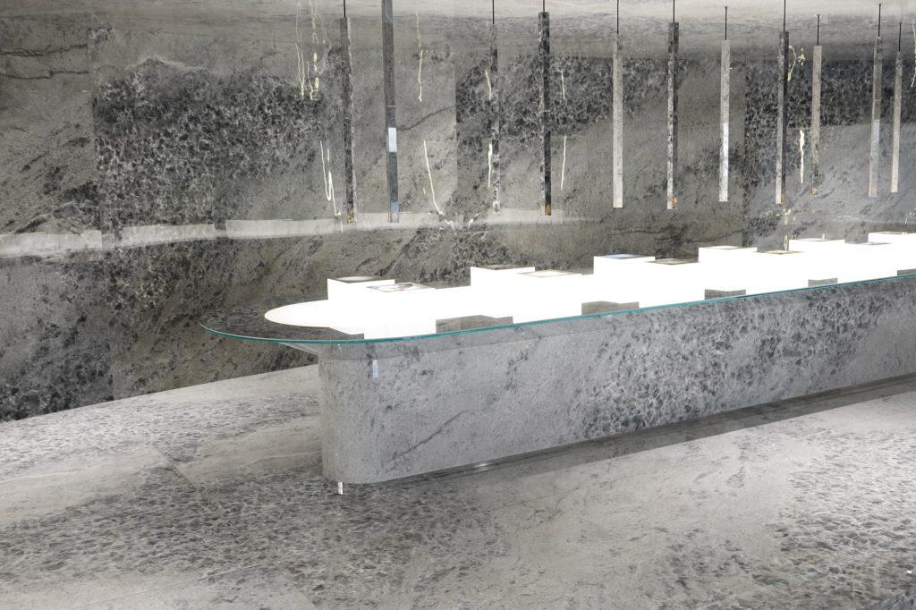 Gem Stone – Smoke Opal & Silver Opal 16018