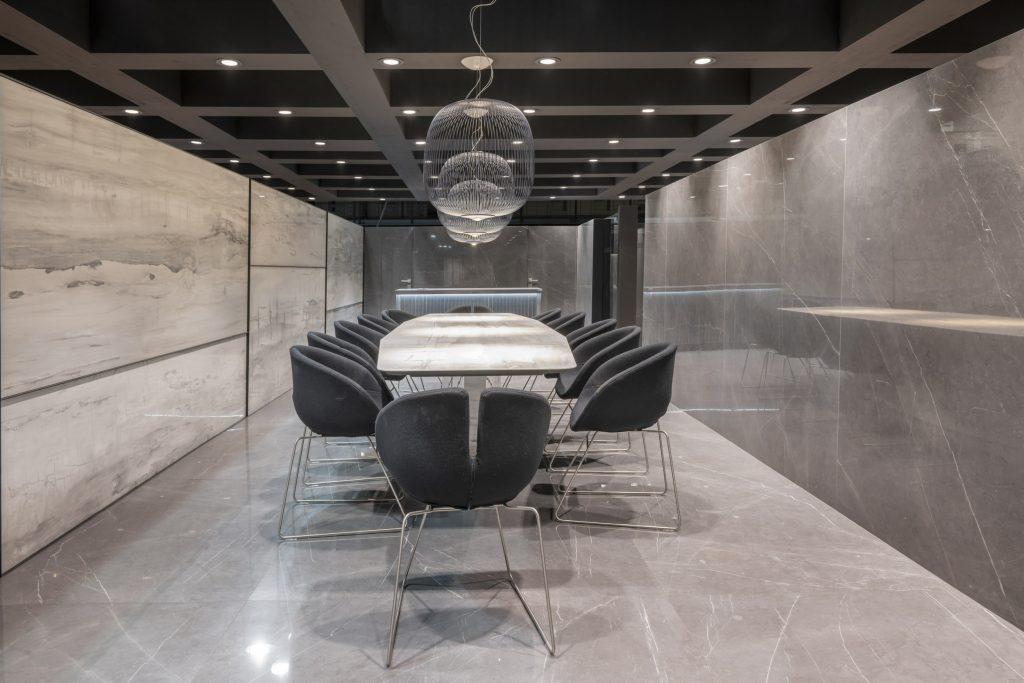Majestic – Grey Stone & Royal Stone – Montana Gray 12587