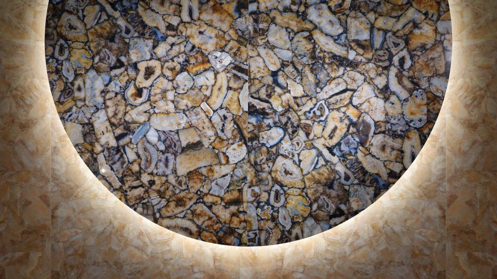 Gem Stone – Gold Agate 15370