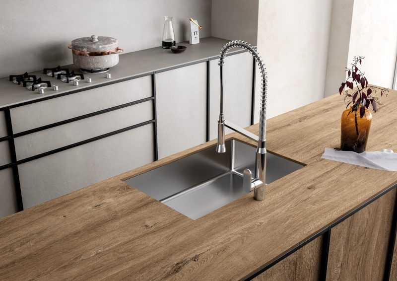solid worktop in wood finish 19046